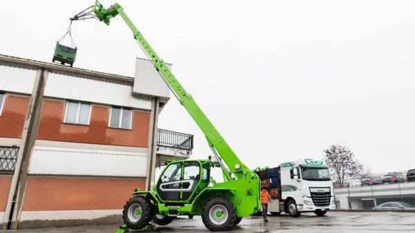 merlo-telehandlers-telescopic-forklift-tele-handler-sales-northern-ireland-da-forgie-P50.18 PLUS-4