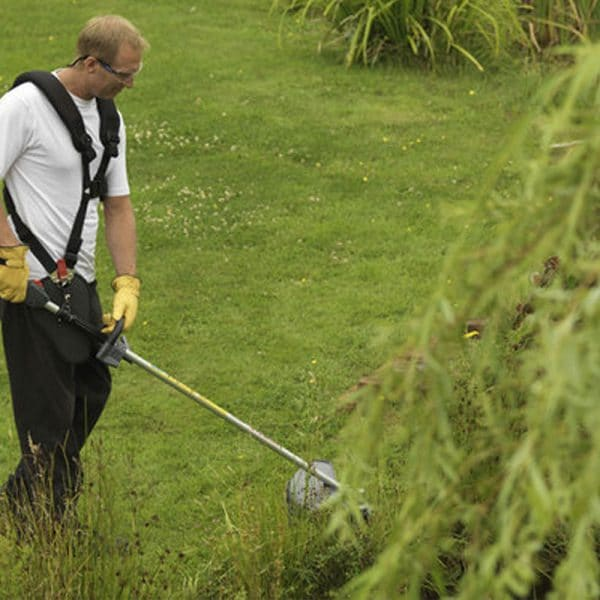 Honda-garden-machinery-grass-sales-da-forgie-northern-ireland-brushcutter-range-3