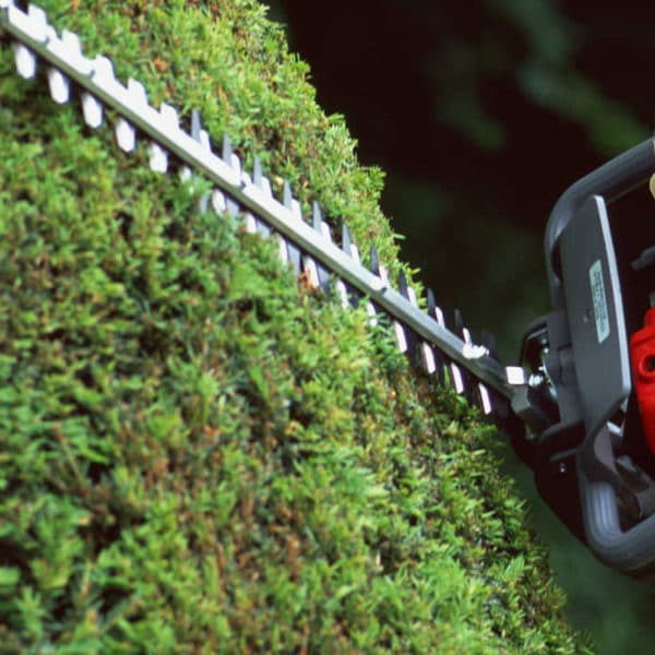 Honda-garden-machinery-grass-sales-da-forgie-northern-ireland-handhelds-hedgetrimmer-range-1