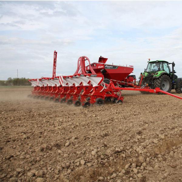 Kverneland-farm-sale-da-forgie-northern-ireland-seeding-precision-drills-optima-ph-7