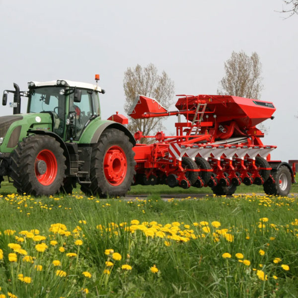 Kverneland-farm-sale-da-forgie-northern-ireland-seeding-precision-drills-optima-tfmaxi-6