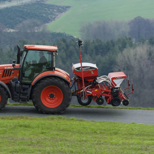 Kverneland-farm-sale-da-forgie-northern-ireland-seeding-precision-drills-optima-v-5