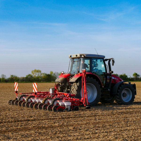 Kverneland-farm-sale-da-forgie-northern-ireland-seeding-precision-drills-optima-v-8