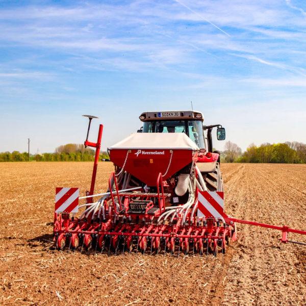 Kverneland-farm-sale-da-forgie-northern-ireland-seeding-seed-drills-da-3