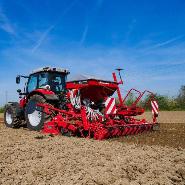Kverneland-farm-sale-da-forgie-northern-ireland-seeding-seed-drills-da-4