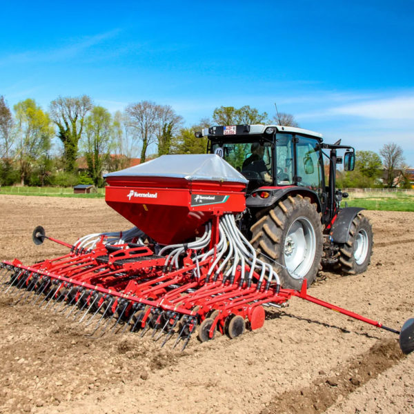 Kverneland-farm-sale-da-forgie-northern-ireland-seeding-seed-drills-dl-1