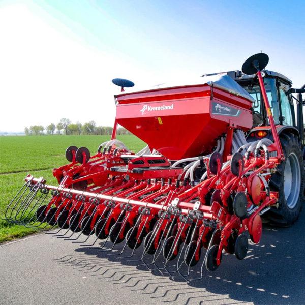 Kverneland-farm-sale-da-forgie-northern-ireland-seeding-seed-drills-dl-2