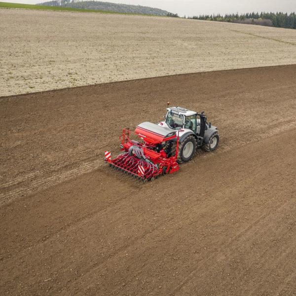 Kverneland-farm-sale-da-forgie-northern-ireland-seeding-seed-drills-e-drill-compact-maxi-3