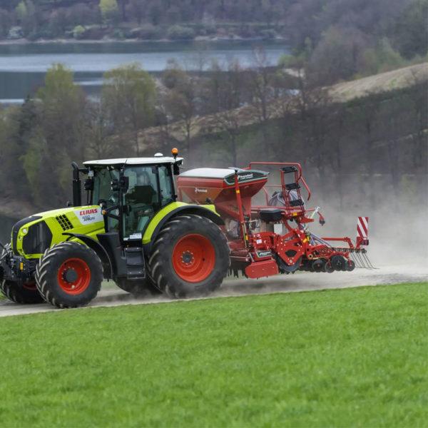 Kverneland-farm-sale-da-forgie-northern-ireland-seeding-seed-drills-e-drill-compact-maxi-6