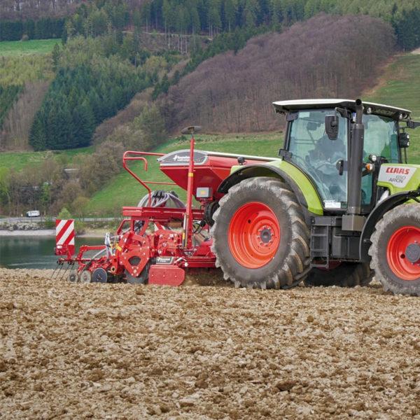 Kverneland-farm-sale-da-forgie-northern-ireland-seeding-seed-drills-e-drill-compact-maxi-7