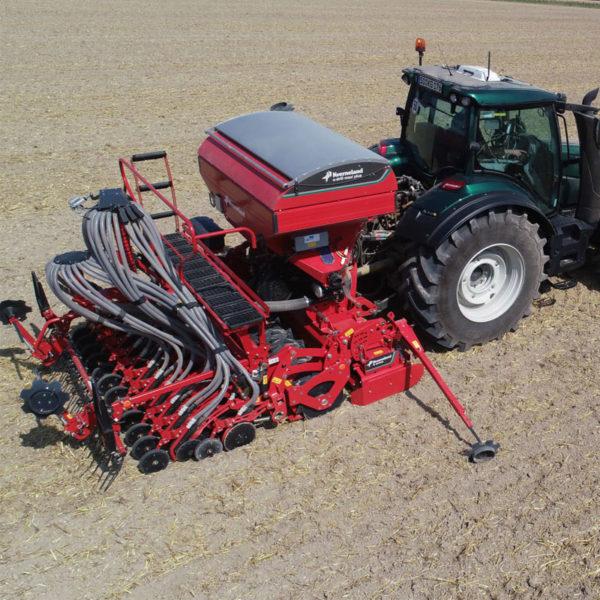 Kverneland-farm-sale-da-forgie-northern-ireland-seeding-seed-drills-e-drill-maxi-plus-2