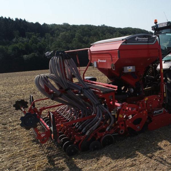 Kverneland-farm-sale-da-forgie-northern-ireland-seeding-seed-drills-e-drill-maxi-plus-6