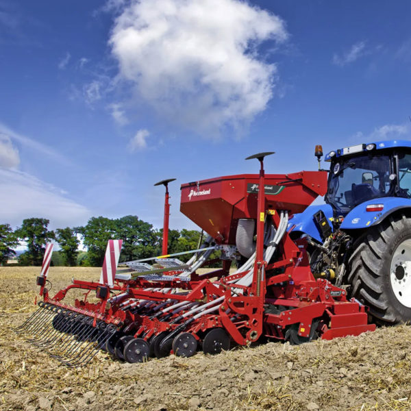 Kverneland-farm-sale-da-forgie-northern-ireland-seeding-seed-drills-s-drill-1