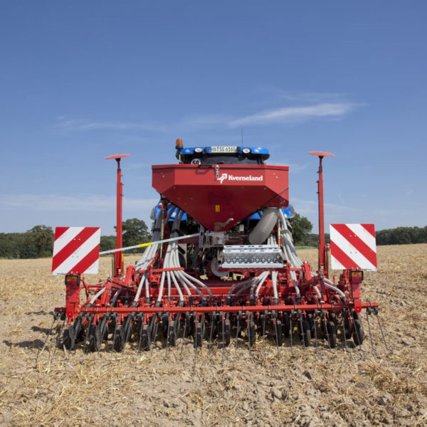 Kverneland-farm-sale-da-forgie-northern-ireland-seeding-seed-drills-s-drill-3