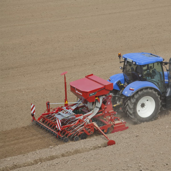 Kverneland-farm-sale-da-forgie-northern-ireland-seeding-seed-drills-s-drill-4