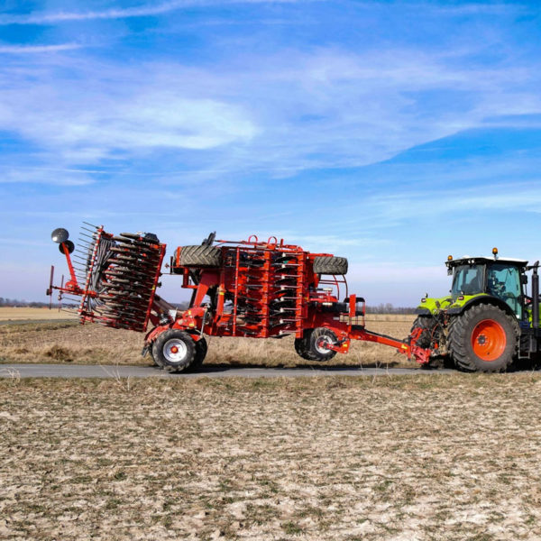 Kverneland-farm-sale-da-forgie-northern-ireland-seeding-seed-drills-u-drill-plus-5