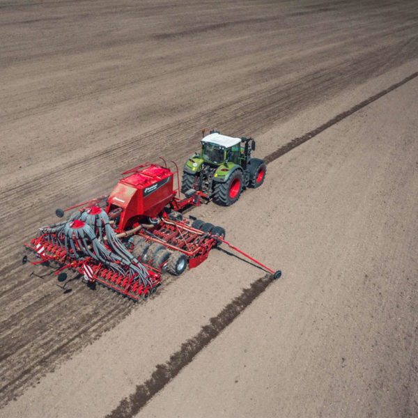 Kverneland-farm-sale-da-forgie-northern-ireland-seeding-seed-drills-u-drill-plus-8