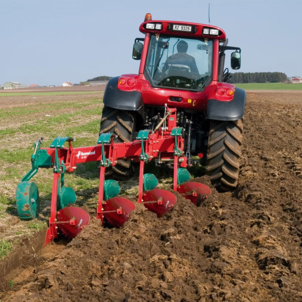 Kverneland-farm-sale-da-forgie-northern-ireland-soil-mounted-conventional-plough-ab-ad-2