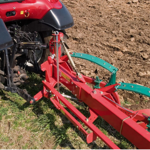 Kverneland-farm-sale-da-forgie-northern-ireland-soil-mounted-conventional-plough-ab-ad-4