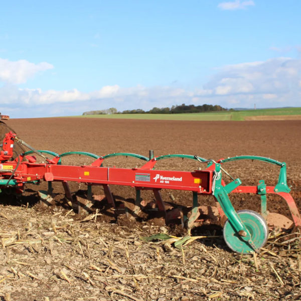 Kverneland-farm-sale-da-forgie-northern-ireland-soil-mounted-conventional-plough-ab-ad-5