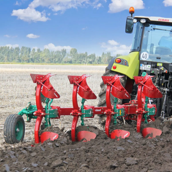 Kverneland-farm-sale-da-forgie-northern-ireland-soil-mounted-reversible-plough-150-b-variomat-1