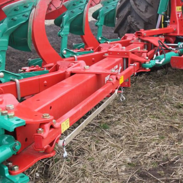 Kverneland-farm-sale-da-forgie-northern-ireland-soil-mounted-reversible-plough-150-s-variomat-4