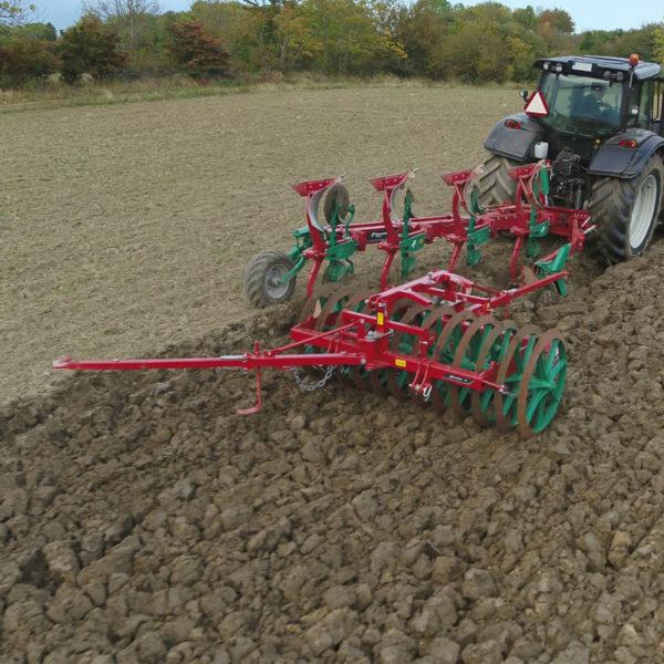 Kverneland-farm-sale-da-forgie-northern-ireland-soil-mounted-reversible-plough-2300-s-3
