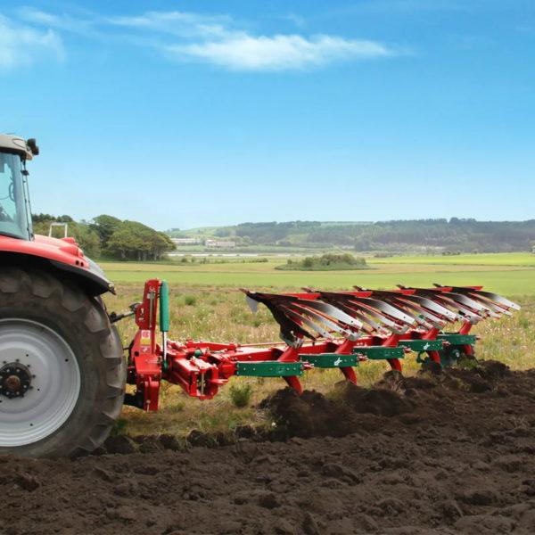 Kverneland-farm-sale-da-forgie-northern-ireland-soil-mounted-reversible-plough-3400-s-1