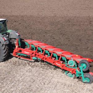 Kverneland-farm-sale-da-forgie-northern-ireland-soil-mounted-reversible-plough-eo-lo-2