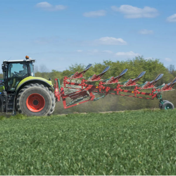 Kverneland-farm-sale-da-forgie-northern-ireland-soil-mounted-reversible-plough-eo-lo-4