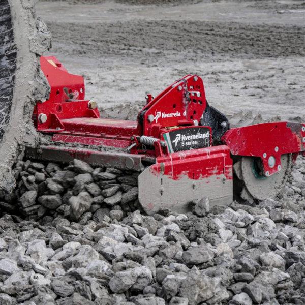 Kverneland-farm-sale-da-forgie-northern-ireland-soil-power-harrow-s-series-6