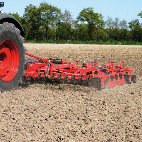 Kverneland-farm-sale-da-forgie-northern-ireland-soil-seedbed-cultivator-tlg-6