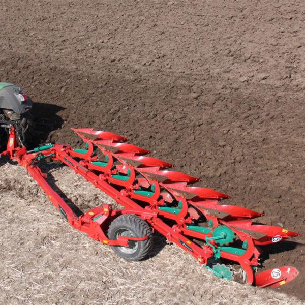 Kverneland-farm-sale-da-forgie-northern-ireland-soil-semi-mounted-reversible-plough-pg-rg-2