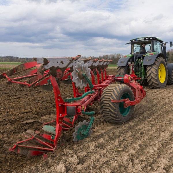 Kverneland-farm-sale-da-forgie-northern-ireland-soil-semi-mounted-reversible-plough-pg-rg-3