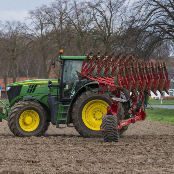 Kverneland-farm-sale-da-forgie-northern-ireland-soil-semi-mounted-reversible-plough-pg-rg-4