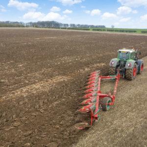 Kverneland-farm-sale-da-forgie-northern-ireland-soil-semi-mounted-reversible-plough-pn-rn-1