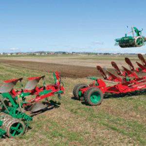 Kverneland-farm-sale-da-forgie-northern-ireland-soil-semi-mounted-reversible-plough-pw-rw-2