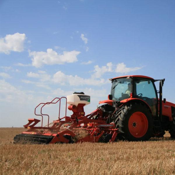 Kverneland-farm-sale-da-forgie-northern-ireland-soil-stubble-cultivators-a-drill-4