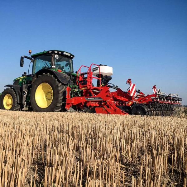 Kverneland-farm-sale-da-forgie-northern-ireland-soil-stubble-cultivators-a-drill-5