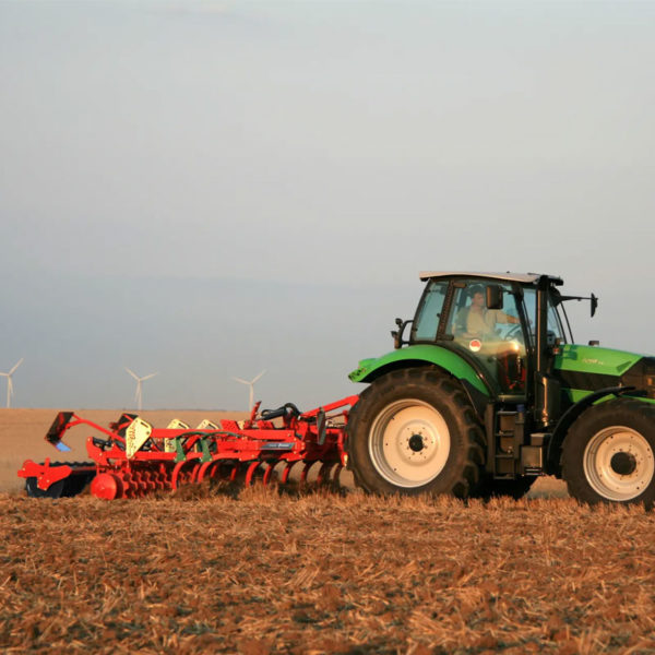 Kverneland-farm-sale-da-forgie-northern-ireland-soil-stubble-cultivators-clc-evo-2