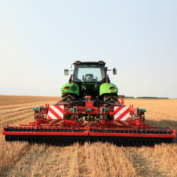 Kverneland-farm-sale-da-forgie-northern-ireland-soil-stubble-cultivators-clc-evo-3