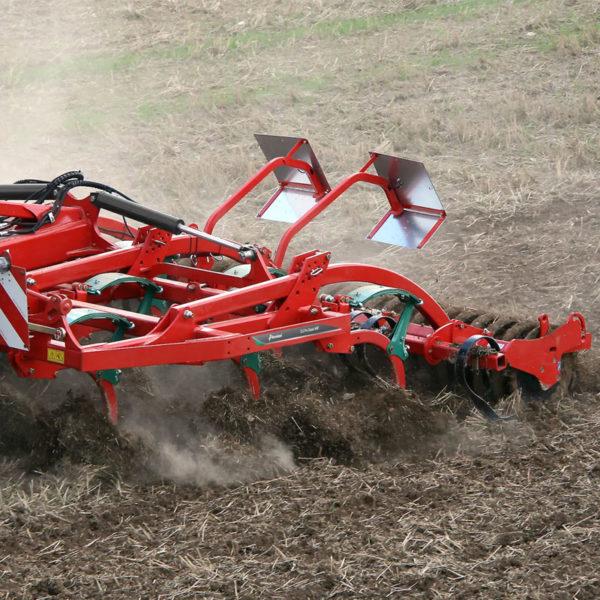 Kverneland-farm-sale-da-forgie-northern-ireland-soil-stubble-cultivators-clc-pro-classic-4