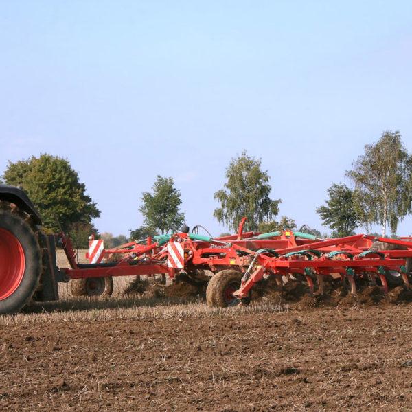 Kverneland-farm-sale-da-forgie-northern-ireland-soil-stubble-cultivators-ctc-1