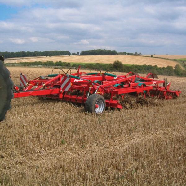 Kverneland-farm-sale-da-forgie-northern-ireland-soil-stubble-cultivators-ctc-3