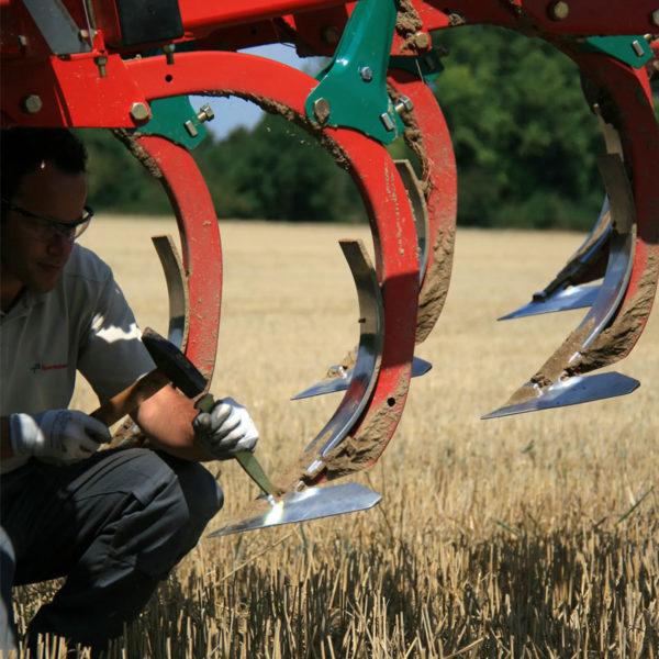 Kverneland-farm-sale-da-forgie-northern-ireland-soil-stubble-cultivators-knock-on-system-3