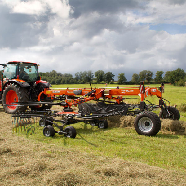 kubota-da-forgie-agriculture-implements-new-northern-ireland-forage-ra-series-17
