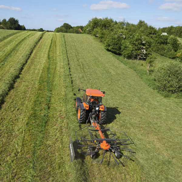 kubota-da-forgie-agriculture-implements-new-northern-ireland-forage-ra-series-3