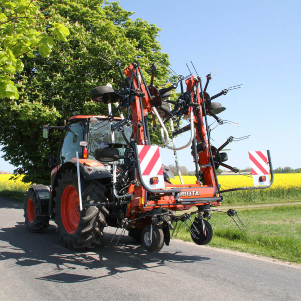 kubota-da-forgie-sales-new-agriculture-implements-forage-tedder-te-series-6