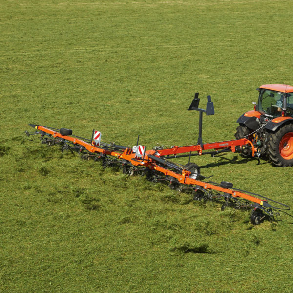 kubota-da-forgie-sales-new-agriculture-implements-forage-tedder-te-series-9