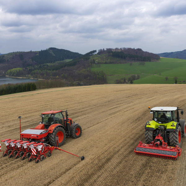 kverneland-da-forgie-sales-farm-agri-northern-ireland-power-harrow-h-series-7